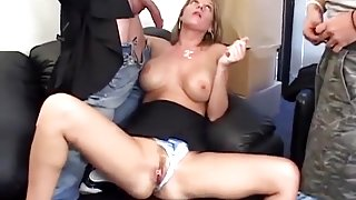 Hot mom wants hard fuck